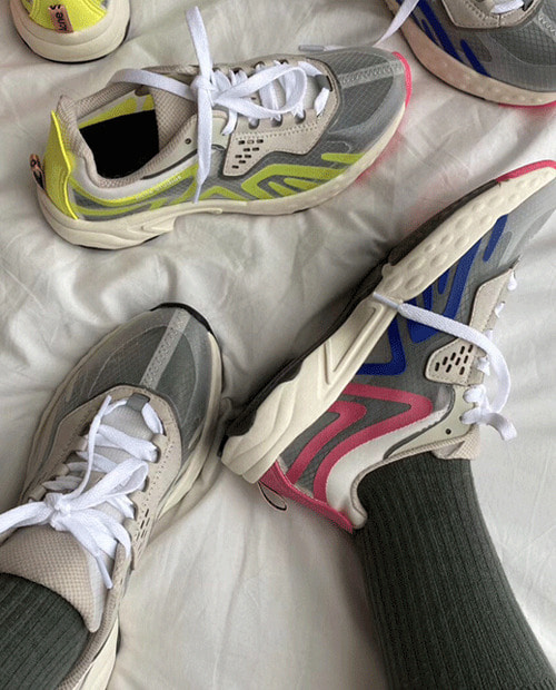 ACNE 2020 RACE SNECKARS